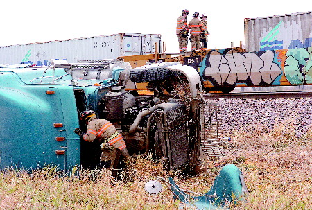 UP Engine 3783 after truck collision 2.jpg