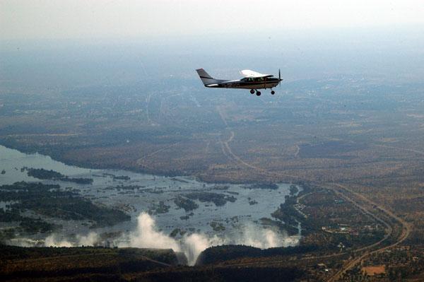 Ralph in V5-JOG over Victoria Falls