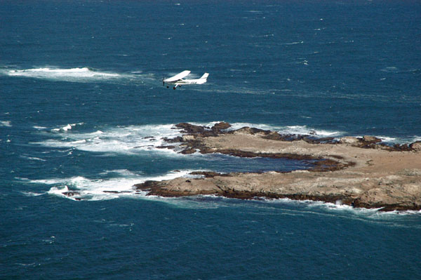 V5-JOG overflying the southern end of Possession Island, Namibia