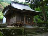 Small shrine in Ainokura